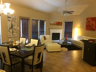 Upscale Cozy and Gorgeous 3 Bed 2 Bath Home - Grand Prairie vacation rentals