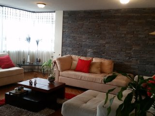 well located  aparment in Quito - Quito vacation rentals
