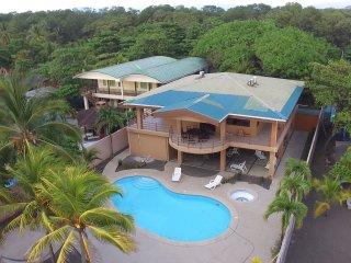 Gorgeous 6 bedroom Jaco House with Internet Access - Jaco vacation rentals