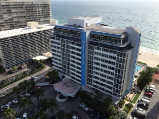 GREAT DEAL!-Beachfront Dream Condo - Fort Lauderdale vacation rentals