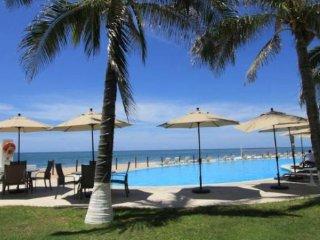 Bright 3 bedroom Mazatlan Condo with Internet Access - Mazatlan vacation rentals