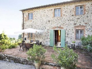Cozy 3 bedroom Lustignano Villa with Internet Access - Lustignano vacation rentals