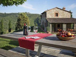 Lovely 5 bedroom Villa in Montebenichi - Montebenichi vacation rentals
