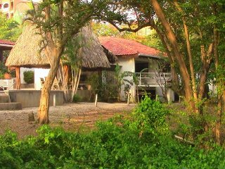 Private 1bd Beachfront Cabanas w/Lg Pool + Monkeys - Langosta vacation rentals