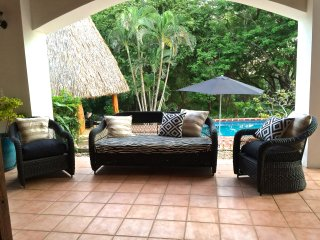 Directly on Beach! Private Beachfront Cabanas w/Lg Pool, Monkeys, Clean +Awesome - Langosta vacation rentals