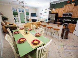3BR 3.5BA Multi family beach house w/ private pool!  Sleep 10! - Panama City Beach vacation rentals