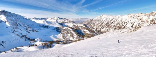 Oaks at Wasatch, Cottonwood Heights Ski Vacation Home - Image 1 - Cottonwood Heights - rentals