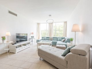 Superior 4 bedrooms with a roof balcony (Kosher) - Ra'anana vacation rentals