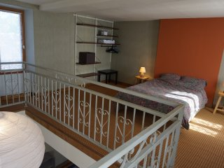 Nice Studio with Internet Access and Wireless Internet - Dicy vacation rentals