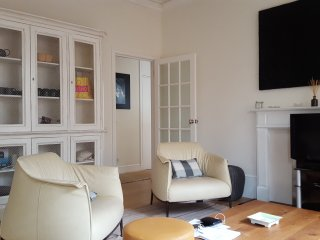 Chelsea King's Road Two Bedroom Apartment - London vacation rentals
