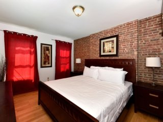 3 bedroom Apartment with Internet Access in Manhattan - Manhattan vacation rentals