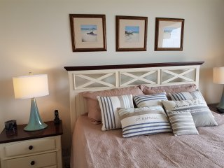 Luxury waterfront corner townhome  on Tampa Bay : - Tampa vacation rentals