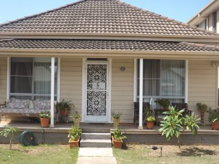 3 bedroom House with Television in Newcastle - Newcastle vacation rentals