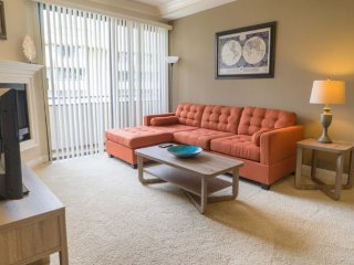 Furnished 2-Bedroom Apartment at Veteran Ave & Rochester Ave Los Angeles - Ontario vacation rentals
