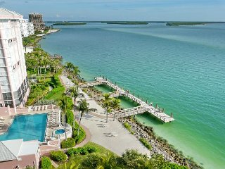 Top floor beachfront condo with stunning ocean views, heated pool and hot tub - Marco Island vacation rentals
