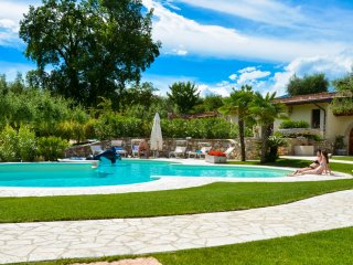 Nice Villa with Internet Access and A/C - Cunettone di Salo vacation rentals