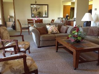 NEWLY LISTED! GOLF VIEWS! -SPRING/SUMMER SPECIAL - 7th NIGHT COMP (4/8-6/30) - Waikoloa vacation rentals