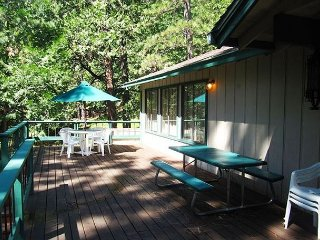 Spacious Blue Lake Springs Home with privacy.Great for a multi-family getaway - Arnold vacation rentals
