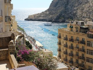 Bellevue - Azzure - modern seaview flat in Gozo - Xlendi vacation rentals