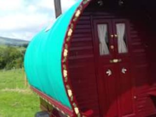 1 bedroom Shepherds hut with Mountain Views in Rhayader - Rhayader vacation rentals