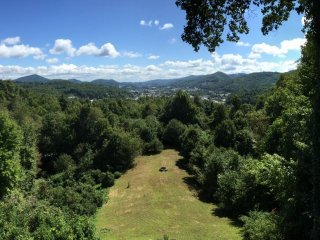 Beautiful 1 bedroom Boone Apartment with Internet Access - Boone vacation rentals