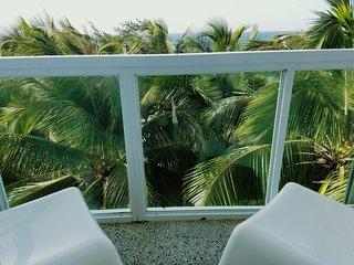 Marveluos Beach Front 3 Room Apt - San Juan vacation rentals