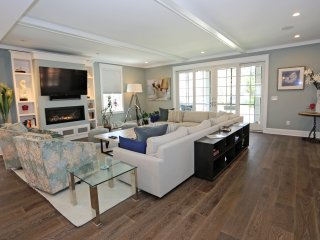Upscale; 7 bedroom 8.5 bath house; Walk to beach - Rehoboth Beach vacation rentals