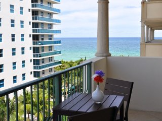 Perfect 1 bedroom Surfside Apartment with Internet Access - Surfside vacation rentals