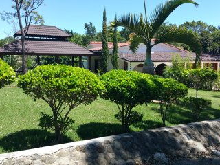 Nice Villa with DVD Player and Housekeeping Included - San Jose de las Matas vacation rentals