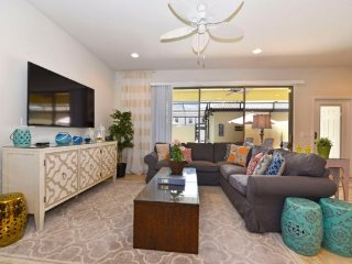 4 Bedroom Town House with a Splash Pool at Windsor at Westside. 2018MD - Four Corners vacation rentals