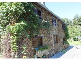 Cozy 3 bedroom House in Arneguy with Balcony - Arneguy vacation rentals