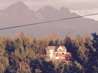 2 bdrms -both units sleep 22+ -Beautiful Lake Front Resort -Mt. Views boat, fish - Palmer vacation rentals