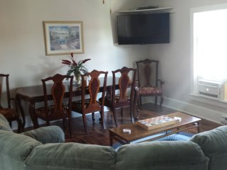 3 bedroom Condo with Deck in Savanna - Savanna vacation rentals