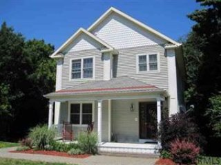Nice 1 bedroom Vacation Rental in Clifton Park - Clifton Park vacation rentals