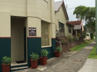 Comfortable Wollongong Studio rental with Television - Wollongong vacation rentals