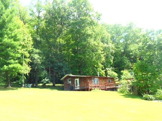 Romantic 1 bedroom Vacation Rental in Dellroy - Dellroy vacation rentals
