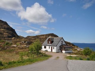 3 bedroom House with Internet Access in Rhue - Rhue vacation rentals