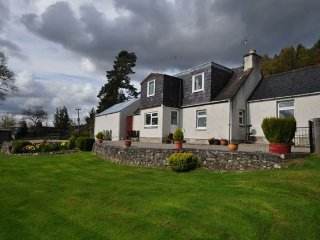 3 bedroom House with Internet Access in Beauly - Beauly vacation rentals