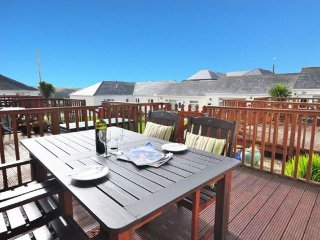 2 bedroom House with Water Views in Mullion - Mullion vacation rentals