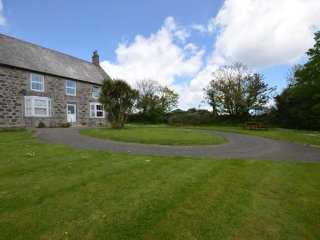 Lovely House with Internet Access and Private Indoor Pool - Gillan vacation rentals