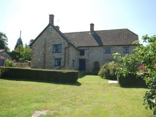 3 bedroom House with Internet Access in Bewley Down - Bewley Down vacation rentals