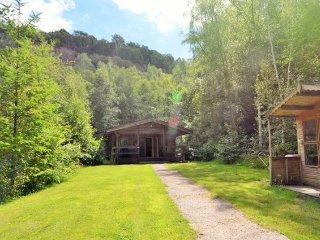 Perfect 2 bedroom House in Oakfordbridge with Internet Access - Oakfordbridge vacation rentals