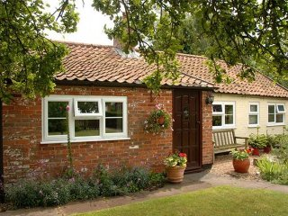 2 bedroom House with Internet Access in Gillingham - Gillingham vacation rentals
