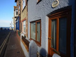 2 bedroom House with Internet Access in Sheringham - Sheringham vacation rentals
