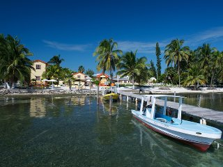 Beach Front property, wifi, 'AC Room'- TP - Caye Caulker vacation rentals