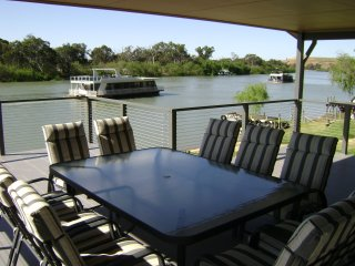 4 bedroom House with A/C in Murray Bridge - Murray Bridge vacation rentals