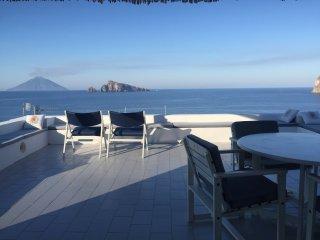 Cozy 3 bedroom Villa in Panarea - Panarea vacation rentals