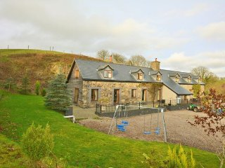 3 bedroom House with Internet Access in Llanfihangel-Yng-Ngwyfa - Llanfihangel-Yng-Ngwyfa vacation rentals