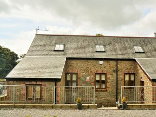 3 bedroom House with Internet Access in Penclawdd - Penclawdd vacation rentals