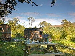 Romantic 1 bedroom House in Glangrwyney - Glangrwyney vacation rentals